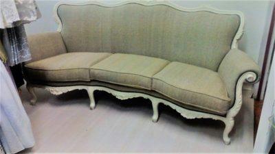 divano verde tappezzeria mucci